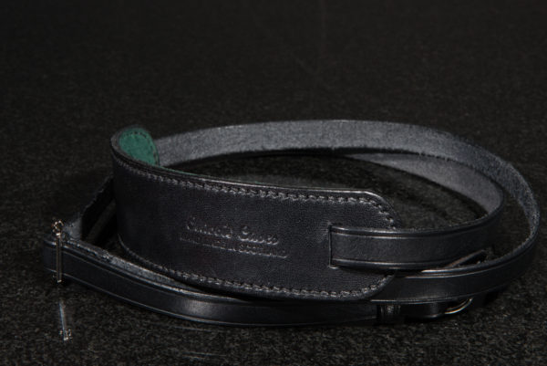 Classic cases black camera neck strap with green lining